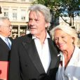Alain Delon et Véronique de Villèle au Gala de la fondation IFRAD le 22 juin