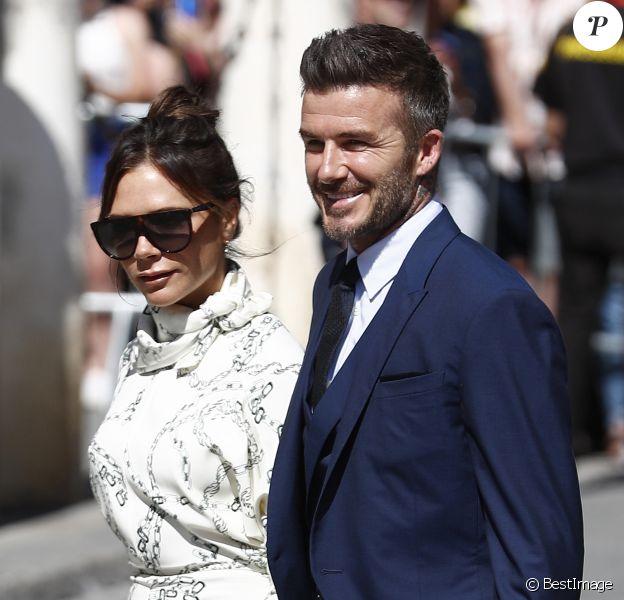 Victoria Beckham et son mari David Beckham - Les célébrités arrivent à l'église pour célébrer l'union du footballeur Sergio Ramos et de l'actrice Pilar Rubio à Seville en Espagne, le 15 juin 2019.