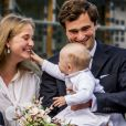 Le prince Amedeo de Belgique avec sa fille la princesse Anna Astrid le 29 juin 2017 à Bruxelles lors d'une célébration du 80e anniversaire de la reine Paola de Belgique.