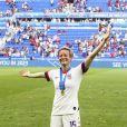 Joie Megan Rapinoe (USA) victorieuse pose avec ses trophées - Finale de la coupe du monde féminine de football, USA vs Pays Bas à Lyon le 7 juillet 2019. Les Etats-Unis ont remporté la finale sur le score de 2 à 0. © Gwendoline Le Goff/Panoramic/Bestimage