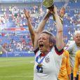 Joie Megan Rapinoe (USA) victorieuse avec trophée - Finale de la coupe du monde féminine de football, USA vs Pays Bas à Lyon le 7 juillet 2019. Les Etats-Unis ont remporté la finale sur le score de 2 à 0. © Gwendoline Le Goff/Panoramic/Bestimage