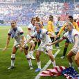 Joie Alex Morgan (USA) / Megan Rapinoe (USA) et Allie Long (USA) victorieuse (USA) avec trophée - Finale de la coupe du monde féminine de football, USA vs Pays Bas à Lyon le 7 juillet 2019. Les Etats-Unis ont remporté la finale sur le score de 2 à 0. © Gwendoline Le Goff/Panoramic/Bestimage