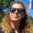 Manuela Lopez heureuse à Deauville, le 15 mai 2019