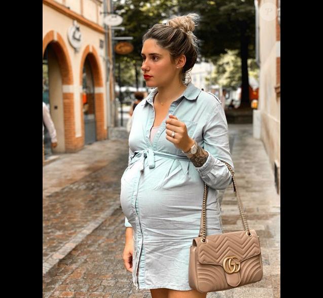 """Jesta de """"Koh-Lanta"""" enceinte de son premier enfant et proche de l'accouchement, le 10 juillet 2019"""
