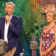 """Cindy et son compagnon Thomas face à Denis Brogniart dans """"Koh-Lanta 2019, la finale"""", sur TF1 le 21 juin."""