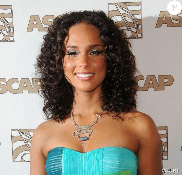 Alicia Keys lors du 22e gala annuel Rhythm & Soul Music Awards à Los Angeles le 26 juin 2009