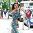 Bella Thorne défile devant les photographes dans les rues de New York, le 14 juin 2019.