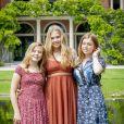 Trois soeurs... Le roi Willem-Alexander des Pays-Bas, la reine Maxima et leurs filles la princesse héritière Catharina-Amalia, la princesse Alexia et la princesse Ariane ont posé dans les jardins du palais Huis ten Bosch, leur résidence à La Haye, le 19 juillet 2019 lors de la traditionnelle séance photo des vacances d'été avec la presse.