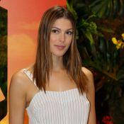 """Iris Mittenaere et sa soeur Manon : les """"jumelles"""" posent en short sur Instagram"""