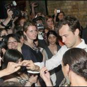 Jude Law : Très pressé d'aller à son rendez-vous galant... Mais qui est l'heureuse élue?