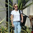 Exclusif - Kristen Stewart à la sortie de son bureau à Los Angeles, le 21 août 2019