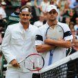 Roger Federer et Andy Roddick, le 5 juillet 2009, lors de la finale du tournoi de Wimbledon
