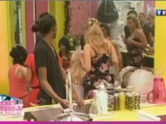 Secret Story 3 : Terrible clash entre Emilie et Cindy, puis entre Elise et Sabrina ! Regardez !