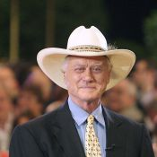 Larry Hagman : JR Ewing vit un véritable cauchemar, sa femme souffre... d'Alzheimer !