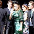La princesse Beatrice d'York et son compagnon Edoardo Mapelli Mozzi lors du mariage de la chanteuse Ellie Goulding et de son compagnon Caspar Jopling le 31 août à York Minster, la cathédrale d'York, dans le nord de l'Angleterre.