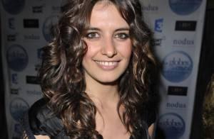Laetitia Milot, la brune sexy de Plus Belle La Vie :
