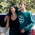 Dua Lipa et son compagnon Anwar Hadid sont allés faire des courses au Malibu Country Mart à Malibu. Les amoureux ne se quittent plus. Même pour aller faire les courses, le duo est bras dessus, bras dessous, le 23 août 2019.