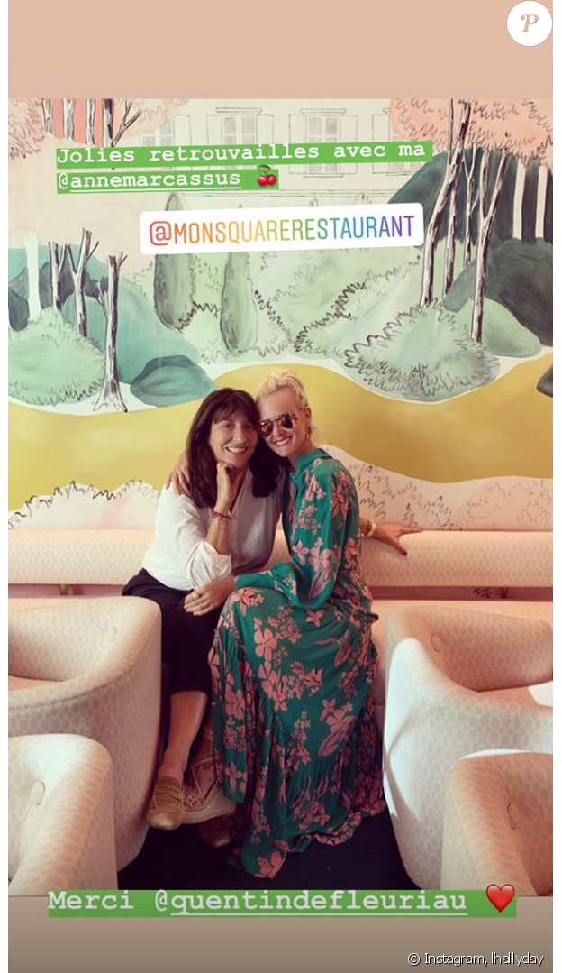 Laeticia Hallyday et son amie productrice Anne Marcassus à Paris, le 17 septembre 2019.