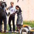Le prince Harry, duc de Sussex, et Meghan Markle, duchesse de Sussex quittent le township de Nyanga, Afrique du Sud. Le 23 septembre 2019