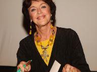 Anny Duperey : Sourires et bonne humeur pour rencontrer son public