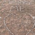 Olivier a demandé Wafa (Koh-Lanta) en mariage dans le désert marocain. Septembre 2019.