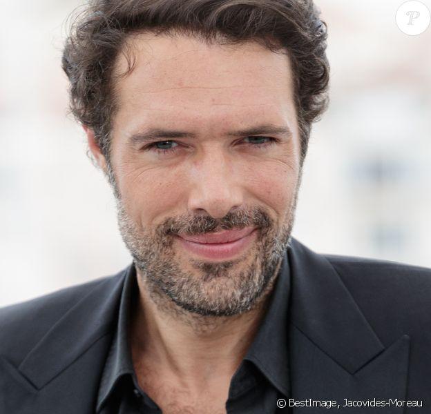 Nicolas Bedos au photocall du film La belle époque lors du 72e Festival International du film de Cannes. Le 21 mai 2019 © Jacovides-Moreau / Bestimage