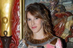 Léa François dévoile son baby bump, Lola Marois montre son soutien-gorge