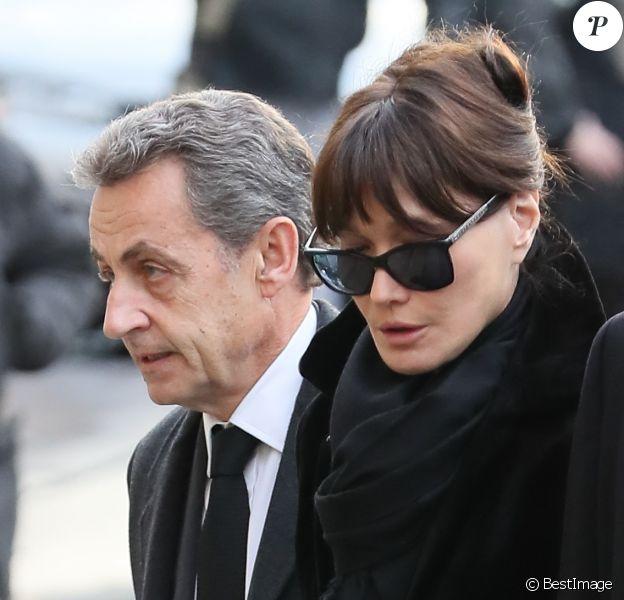 Nicolas Sarkozy, Carla Bruni-Sarkozy - Obsèques de Andrée Sarkozy (mère de N.Sarkozy), dite Dadue née Andrée Mallah, en l'église Saint-Jean-Baptiste à Neuilly-Sur-Seine. Le 18 décembre 2017.