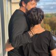 Patrick Bruel a partagé cette photo de lui et son fils Léon, pour ses 14 ans, sur Instagram le 28 septembre 2019.