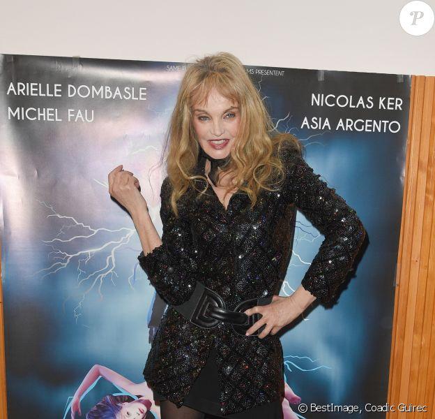 """Arielle Dombasle - Avant première du film """"Alien Crystal Palace"""" au cinéma Beau Regard à Paris le 23 janvier 2019. © Coadic Guirec /Bestimage"""