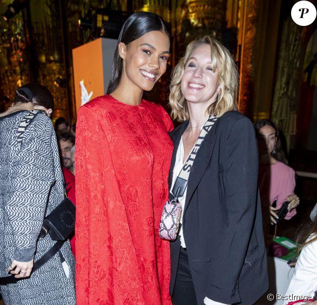 Tina Kunakey et Ludivine Sagnier assistent au défilé Stella McCartney Collection Prêt-à-Porter Printemps/Eté 2020 lors de la Fashion Week de Paris (PFW) à l'Opéra Garnier. Le 30 septembre 2019. © Olivier Borde/Bestimage