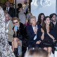 Natalia Vodianova, Paul McCartney et sa femme Nancy Shevell assistent au défilé Stella McCartney Collection Prêt-à-Porter Printemps/Eté 2020 lors de la Fashion Week de Paris (PFW) à l'Opéra Garnier. Le 30 septembre 2019. © Olivier Borde/Bestimage