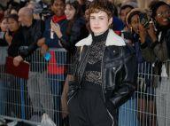 Christine and the Queens : Fin de Fashion Week au Louvre avec Marina Foïs