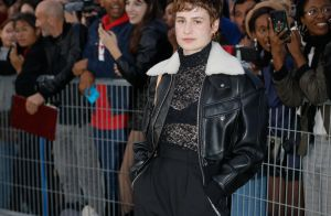 Christine and the Queens : Fin de Fashion Week au Louvre avec Marina Foïs
