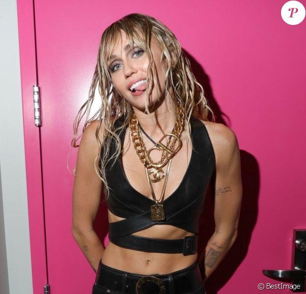 Miley Cyrus dans le backstage du iheartradio festival au T-Mobile Arena à Las Vegas, le 21 septembre 2019
