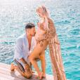 Carla Moreau et Kevin Guedj fous amoureux à la plage, sur Instagram, le 27 mai 2019