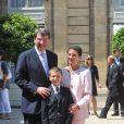 Xavier Darcos, son épouse Laure et leur fils, lors de la Garden Party à l'Elysée, le 14 juillet 2009 !