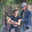 Exclusif - Emma Watson est allée dîner avec un mystérieux inconnu dans le restaurant Double Zero à Los Angeles. Le 28 août 2019.