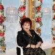 """Rika Zarai sur le plateau de l'émission """"Les grands du rire"""", le 10 octobre 2013"""