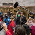 Jane Fonda, 81 ans, entourée par les médias alors qu'elle menait une nouvelle manifestation le 1er novembre 2019 à Washington et occupait l'un des bureaux du Sénat pour alerter les décideurs politiques et l'opinion publique sur l'urgence d'agir face à la crise du changement climatique.