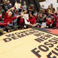 Jane Fonda, 81 ans, et ses partisans ont occupé l'un des bureaux du Sénat américain lors d'une nouvelle manifestation le 1er novembre 2019 à Washington pour alerter les décideurs politiques et l'opinion publique sur l'urgence d'agir face à la crise du changement climatique.