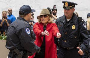Jane Fonda : Arrêtée avec Rosanna Arquette, elle passe la nuit en prison