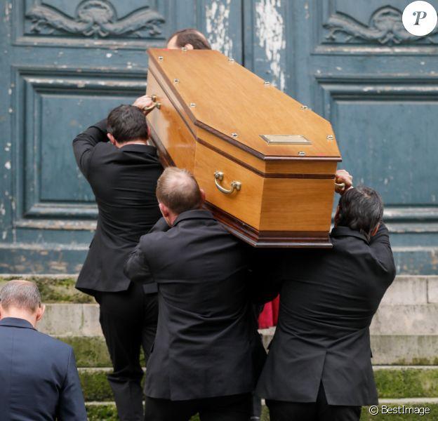 Illustration - Arrivées aux obsèques de la comédienne Pascale Roberts en l'église Saint Roch à Paris le 8 novembre 2019.