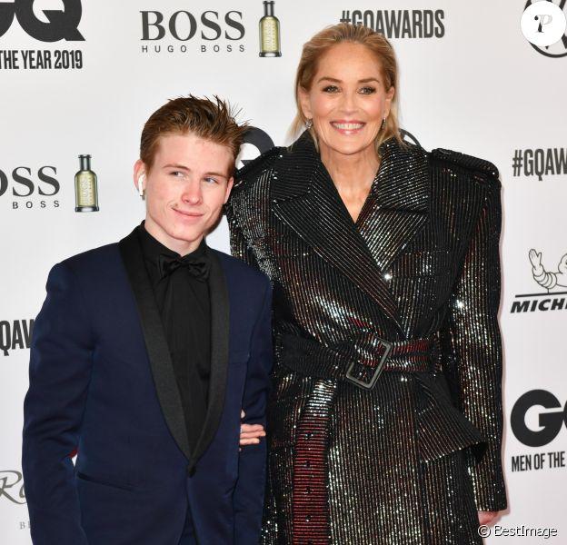 """Sharon Stone et son fils Roan Joseph Bronstein assistent aux """"GQ Men of the Year Awards 2019"""" à l'Opéra-Comique de Berlin, le 7 novembre 2019."""