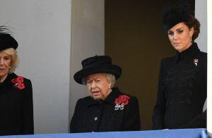 Meghan Markle solennelle en total look noir, elle se démarque avec son chapeau