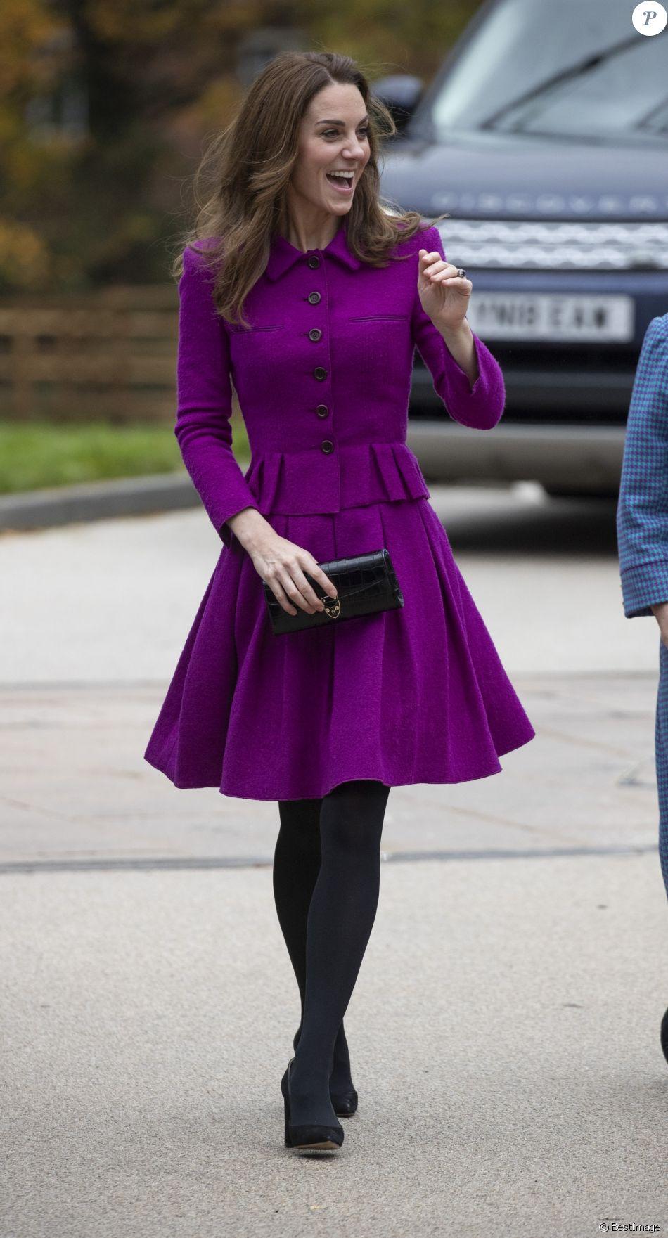 """Kate Middleton, marraine des hôpitaux pour enfants d'Est-Anglie, visite le nouvel hôpital de l'organisme de bienfaisance """" The Nook """" le vendredi 15 novembre, à Norwich dans le Norfolk."""