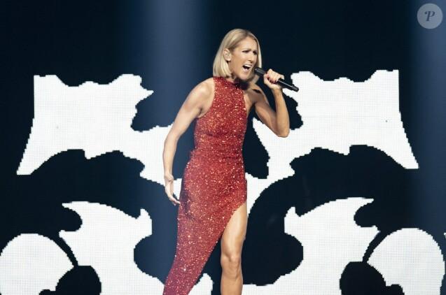 Celine Dion sur scène lors du Courage World Tour, le 18 septembre 2019 au Vidéotron de Québec.