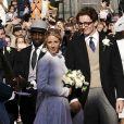 La chanteuse anglaise Ellie Goulding a épousé Caspar Jopling, marchand d'art, lors d'une cérémonie organisée à York, le 31 août 2019. Un mariage célébré en présence de nombreuses stars telles que Katy Perry, Sienna Miller et les princesses Eugenie et Beatrice. La mariée portait une robe Chloé.
