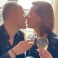La mère d'Iris Mittenaere, Laurence Druart, dévoile ses alliance sur Instagram le 22 novembre 2019.