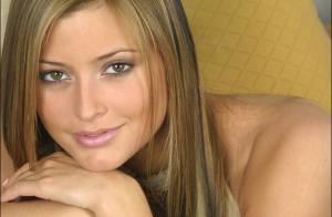 La bombe Holly Valance topless... l'une des stars les plus sexy se dévoile enfin !
